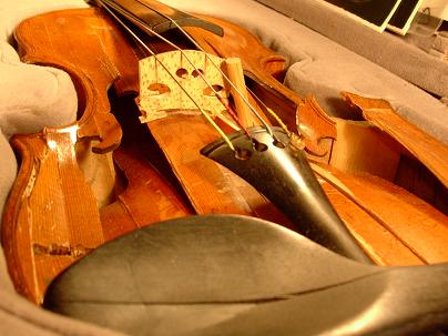 violon accidenté